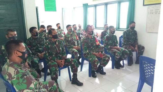 Bersama Personelnya, Danramil Belopa Ikuti Workshop Virtual Babinsa Tracer Covid-19