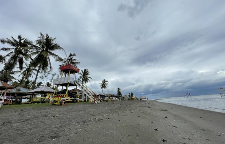 Pantai Kalomang, Objek Wisata Favorit Warga Kolaka di Akhir Pekan