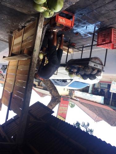 Terdampak  Pandemi, Pengelola Restoran di Bali Lakukan Ini