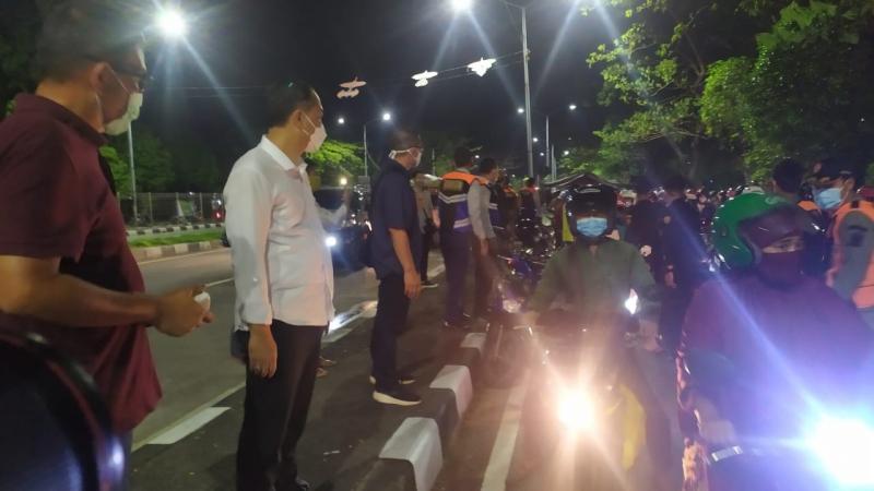 Tes Antigen Sasar Ribuan Pengendara di Suramadu