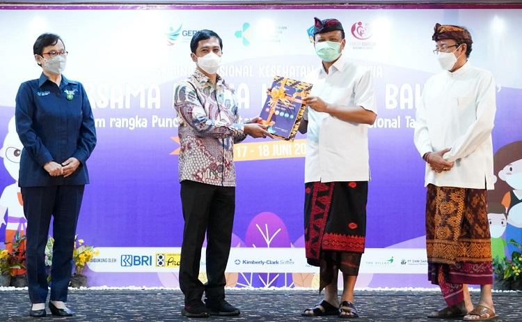 Cakupan Vaksinasi Covid-19 pada Lansia di Bali Tertinggi se-Indonesia