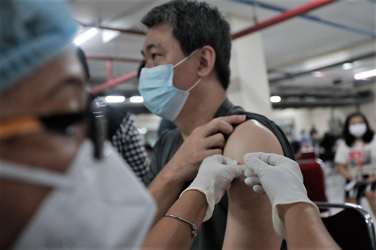 Kolaborasi Pemerintah - Swasta Dalam Pemberian Vaksinasi Di Yogyakarta