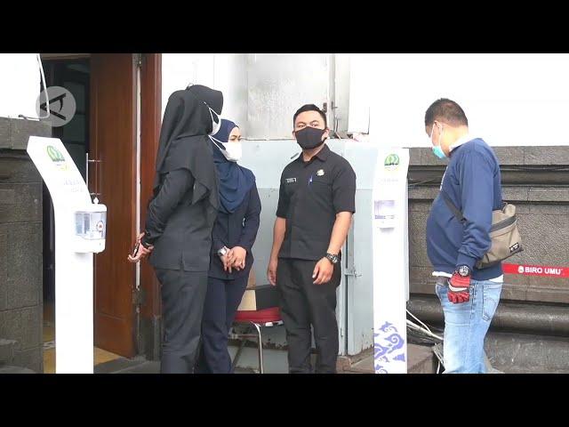 ANTARA TV - Sekda dan Kadis positif COVID 19, Pemprov Jabar telusuri kontak erat