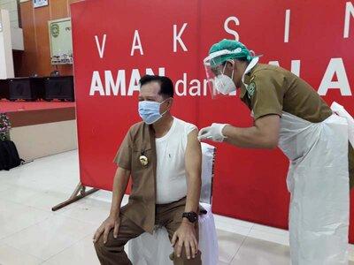 Targetkan 1.359 Lansia di Taput Ikut Vaksin