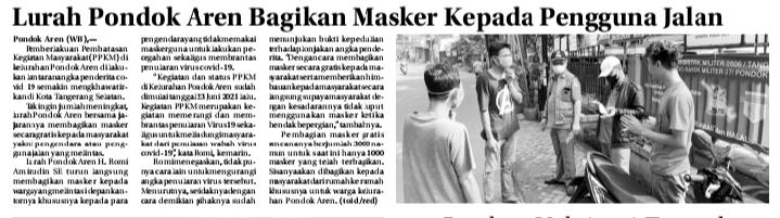 Lurah Pondok Aren Bagikan Masker Kepada Pengguna Jalan