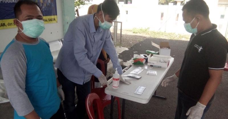 Warga Kelurahan Panglayungan Datangi Puskesmas untuk Tes Antigen