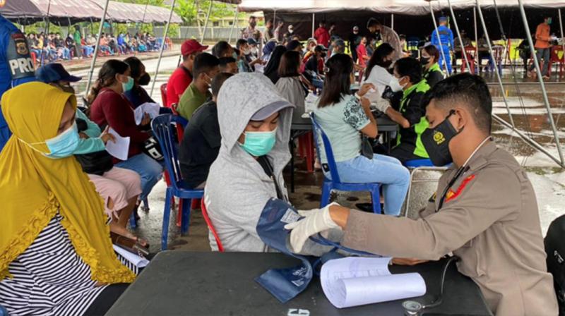 Oma Ete Akhirnya Lega Sudah Divaksin, Sempat Khawatir Dengar Berita Warga Meninggal Setelah Vaksinasi