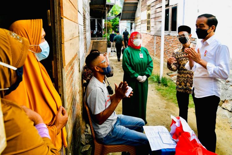 Vaksinasi Dor to Door di Aceh