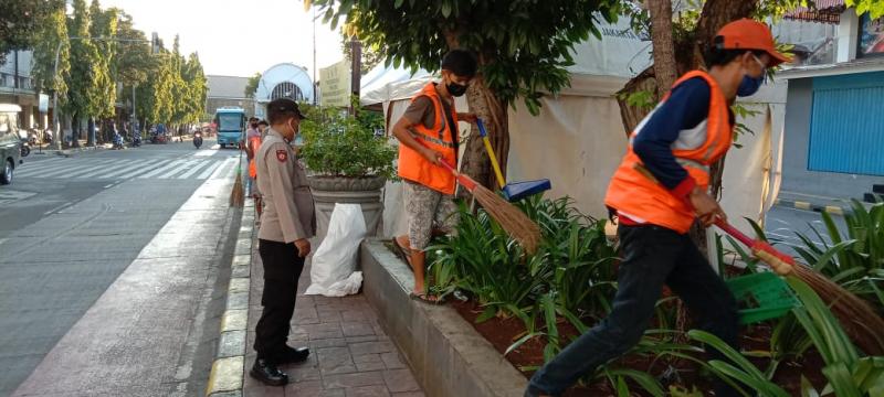 3 Pilar Tamansari Jaring 22 Pelanggar Prokes di Jalan Kunir