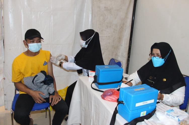 Upaya Turunkan Level, Pengelola Pariwisata Brebes di Vaksin