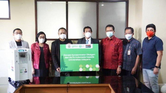 Universitas Udayana Terima Bantuan 10 Unit Oksigen Konsentrator dari GoTo