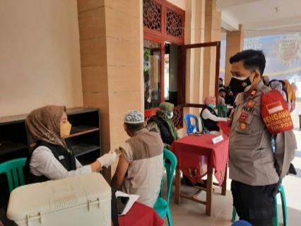 Penerima Vaksin Di Lintaubuo Didominasi Kaum Ibu Penerima PKH