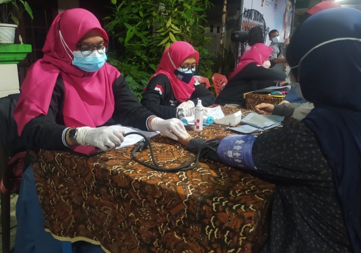 TNI AL Gelar Vaksinasi Pelajar di Yayasan Al Husna Wal Ziyadah Sukakarya