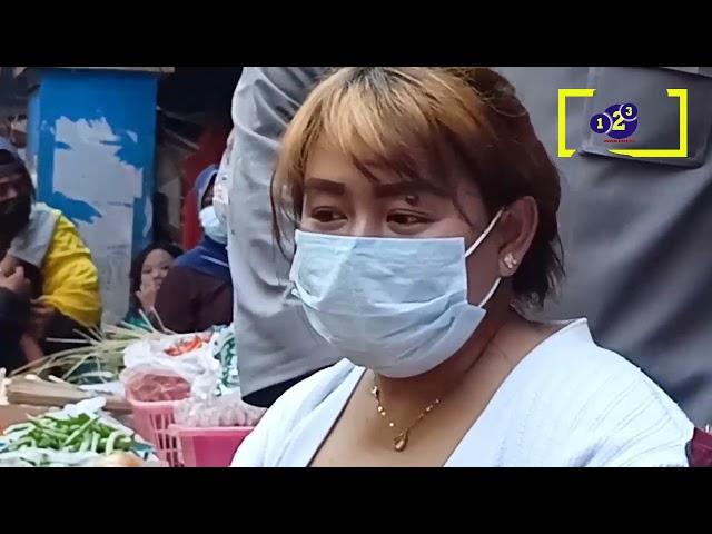 kepolisian dari polresta sidoarjo lakukan vaksinasi jemput bola